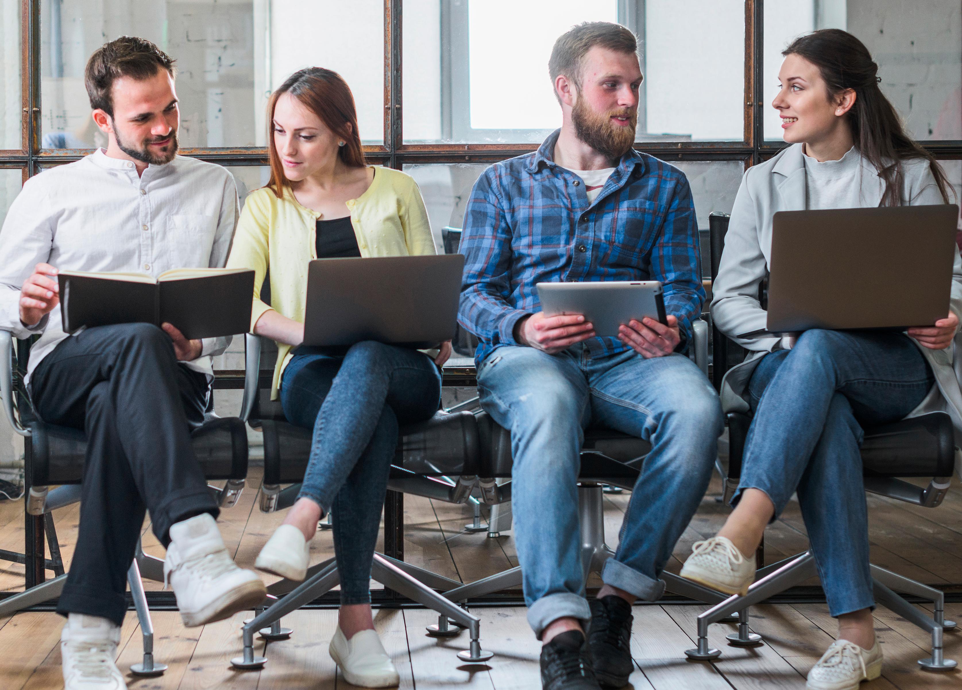 Cómo trabajar con las nuevas generaciones de trabajadores, millennials y centennials